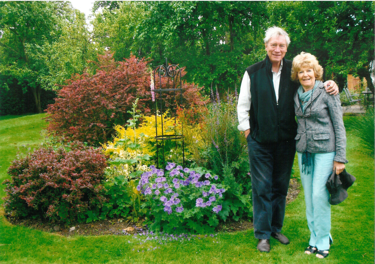 Richard Nelson Perham 27 April 193714 February 2015 Biographical Prokaryotic And Eukaryotic Cells Diagram Front Yard Landscaping Download Figure